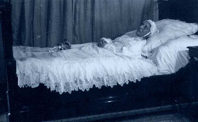 Demencia y muerte de Charlotte