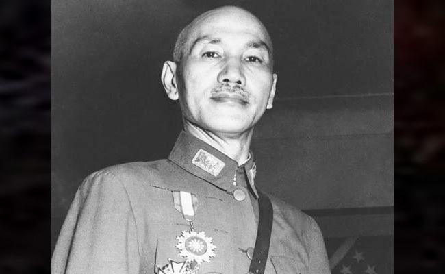 chiang kai shek vs mao zedong