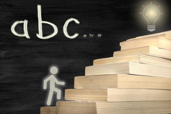 repaso-lengua-5o-primaria-temario-libros-escalera-istock